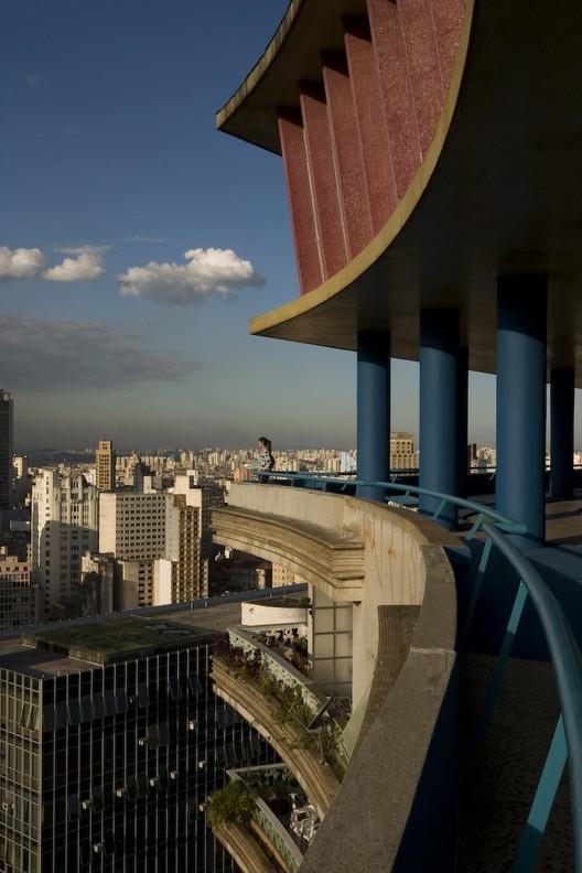 Edifício Viadutos-Artacho Jurado © Maíra Acayaba