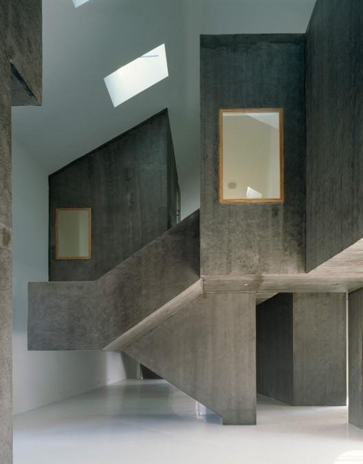 Cortesía de EMBAIXADA Arquitectura