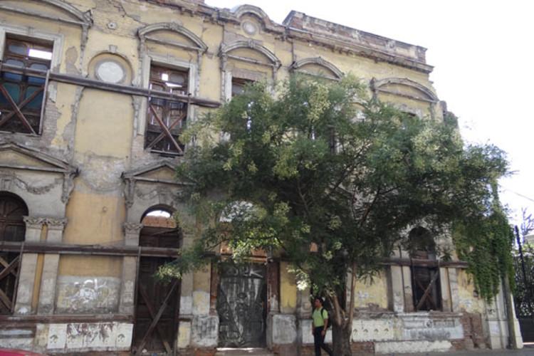 Edificio Dieciocho esquina Vidaurre