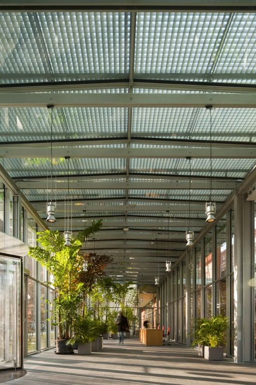 Photography © Nic Lehoux / Renzo Piano Building Workshop