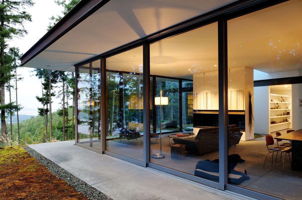 Дом из панорамных окон фото.