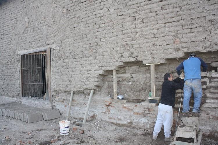Restauraci n estructural del adobe y geomalla por 123cua for Restauracion de casas viejas