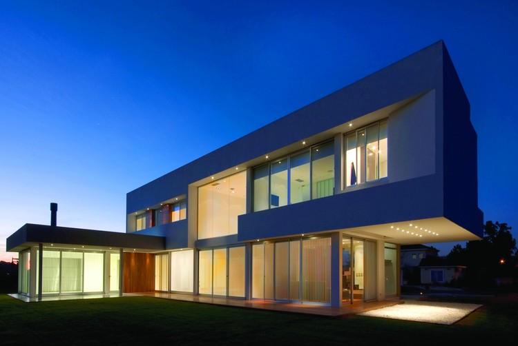 © Vanguarda Architects