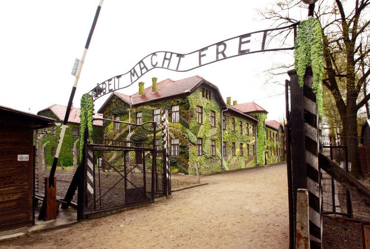 Campo de Concentración Sostenible Auschwitz I, 1940 © STAR strategies + architecture