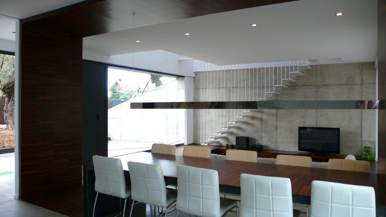 Galer a de casa martin alt arquitectura 1 for Casa minimalista industrial
