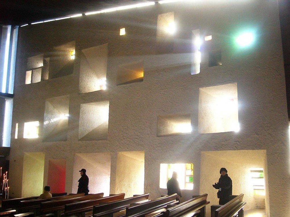 Clásicos de la Arquitectura: Ronchamp / Le Corbusier