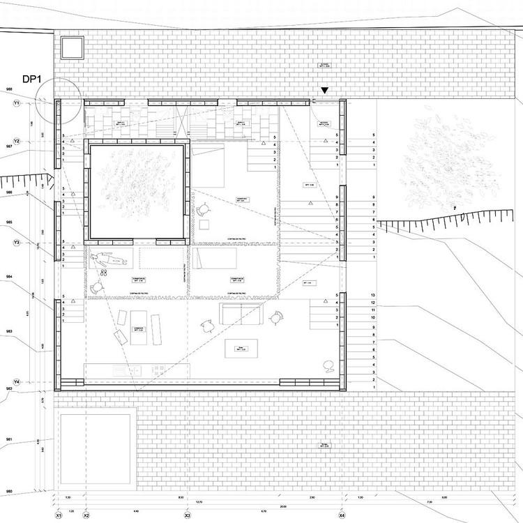 Snow House / Emilio Marin, Nicolas Dorval-Bory, Juan Carlos Lopez