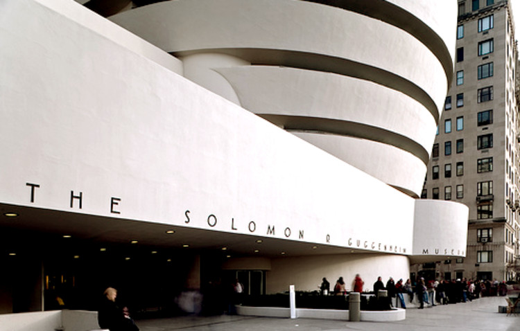 Solomon Guggenheim NY - © rpa2101 via Flickr. Used under <a href='https://creativecommons.org/licenses/by-sa/2.0/'>Creative Commons</a>
