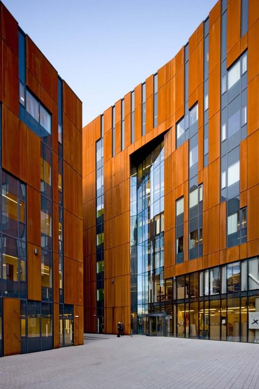 © Architectural Aluminium Solutions