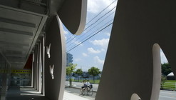 Strips / EASTERN Design Office + HOJO Structure Research Institute