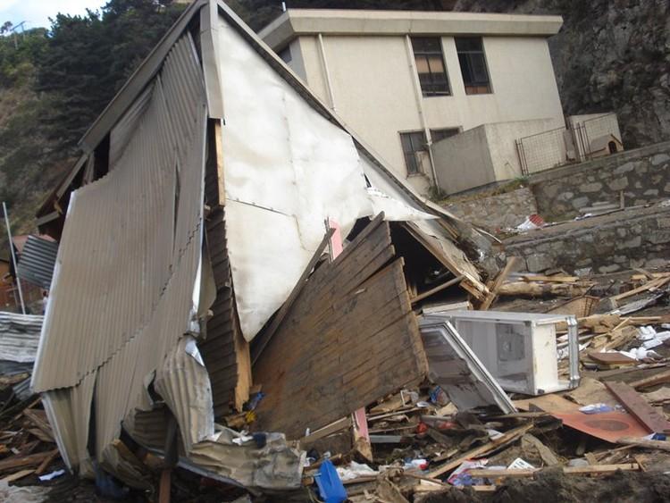Vivienda destruida por el tsunami © fmluz