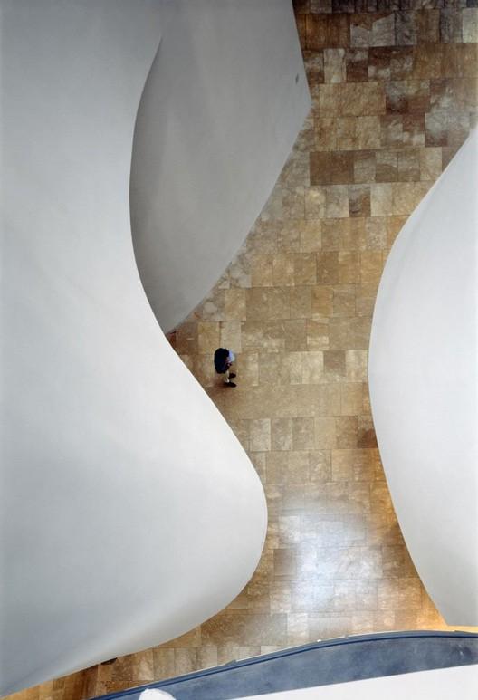 Guggenheim Bilbao / Frank O. Gehry © Duccio Malagamba