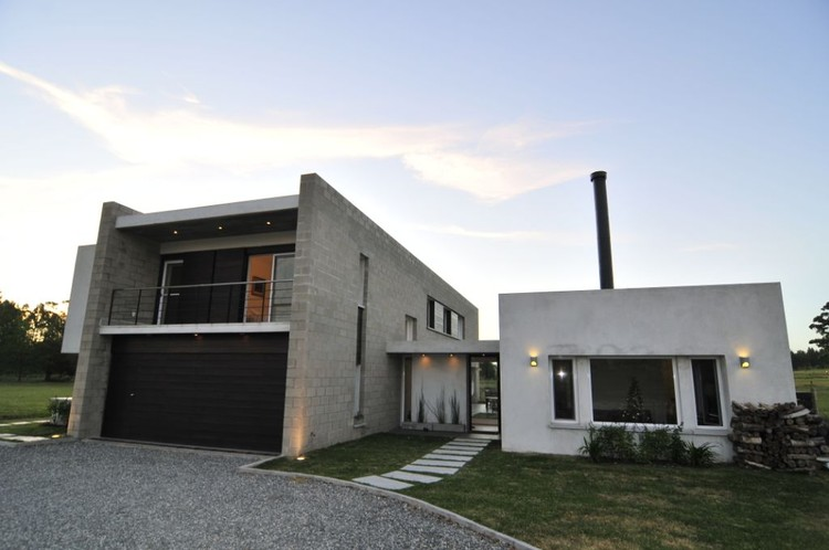 Vivienda de bloque fds arquitectos plataforma arquitectura for Vivienda arquitectura