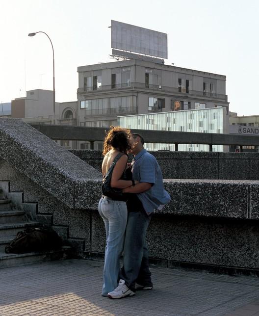 Monumento Mujeres en la Memoria, Emilio Marin, 2006, Santiago © Cristóbal Palma