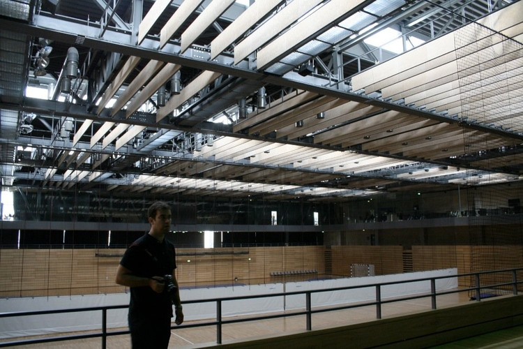 Interior Centro Deportivo Zamet / 3LHD