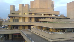 AD Classics: Royal National Theatre / Denys Lasdun