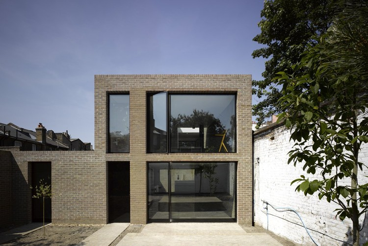 Kings Grove, London SE15 (private house) / Duggan Morris Architects © Edmund Sumner