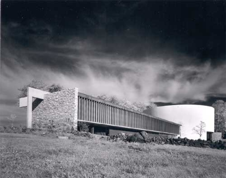 Richard Neutra's Cyclorama Center at Gettysburg National Military Park. Photo via Artinfo