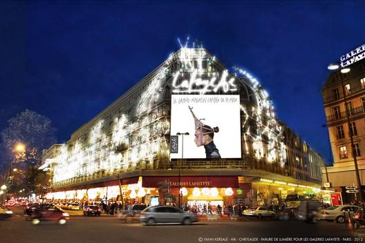 Yann Kersalé-AIK- Chrysalide, Paris 2012 Parure de lumière pour les Galeries Lafayette