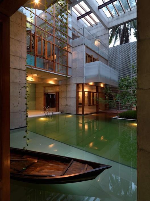 S.A Residence, Dhaka, Bangladesh / Rafiq Azam