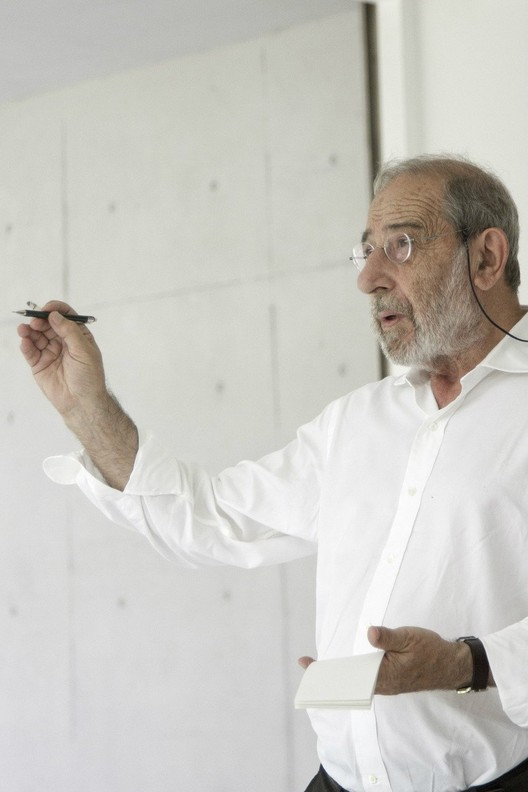 Alvaro Siza Vieira, Golden Lion for Lifetime Achievement of the 13th International Architecture Exhibition – la Biennale di Venezia. Courtesy: FG+SG – fotografia de arquitectura