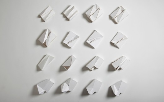 folded models / © Jack Hobhouse