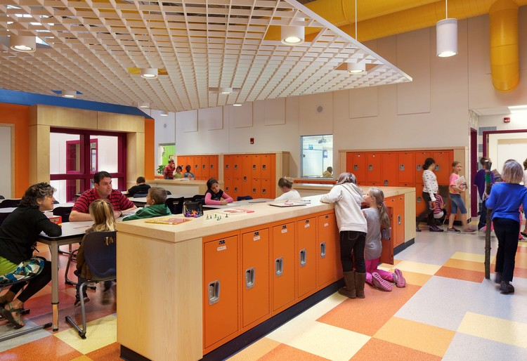 Abbot-Downing School: Concord, NH / HMFH Architects; Photographs: © 2012 Ed Wonsek