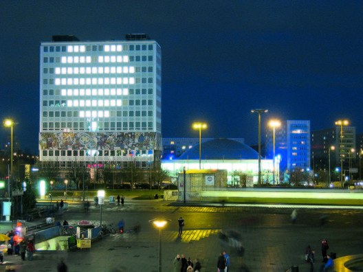 Blinkenlights, Berlin - Alexanderplatz 2003 © Thomas Fiedler / Project by Chaos Computer Club