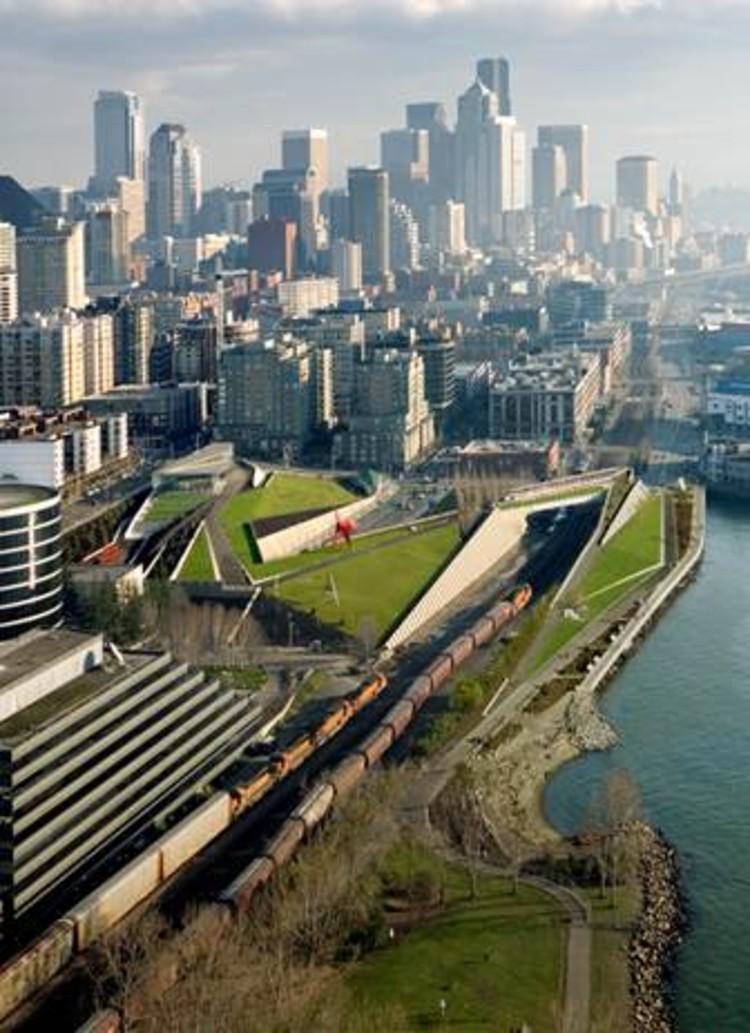 Seattle Art Museum: Olympic Sculpture Park © Ben Benschneider