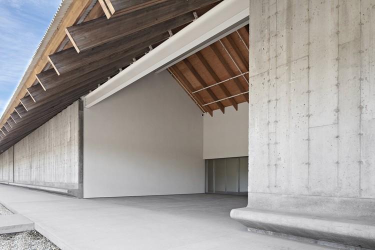 Parrish Art Museum / Herzog & de Meuron; Photos © Matthu Placek