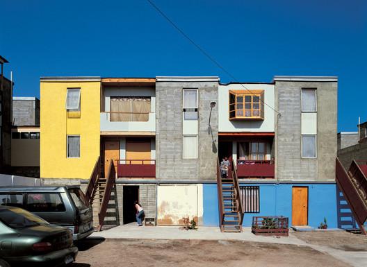 Residência Quinta Monroy de Baixo Custo - ELEMENTAL . Imagem Cortesia de ELEMENTAL