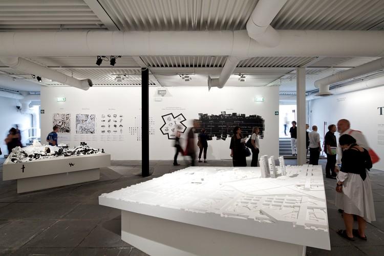 A Field of Diagrams / Eisenman Architects © Nico Saieh