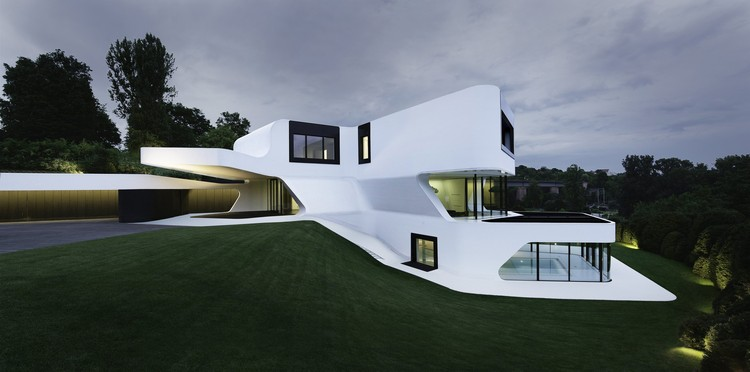 Dupli Casa / J. Mayer H. Architects - Courtesy of BoomSPDesign