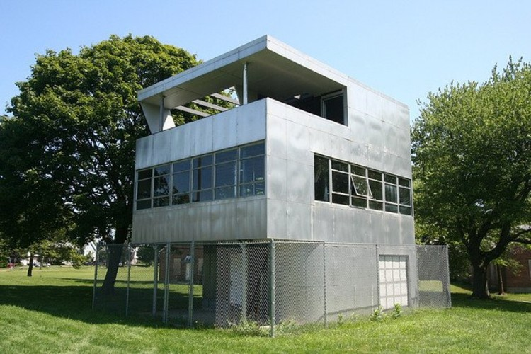 The Aluminaire House / Louis Kotcher (1932); © jenosale