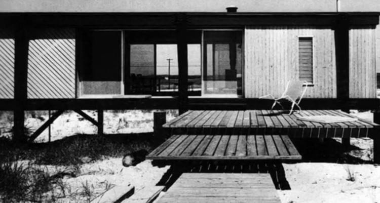 © Modern Tide:  Midcentury Architecture on Long Island
