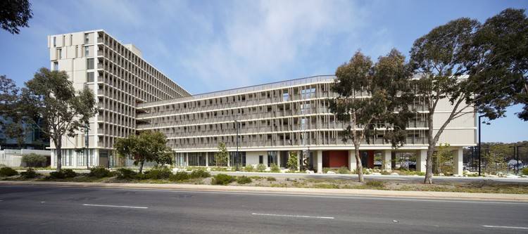 Charles David Keeling Apartments, UC San Diego / KieranTimberlake - Image courtesy of Tim Griffith Photography
