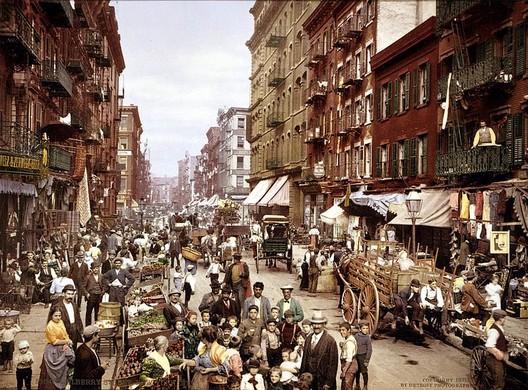 Mulberry Street, New York City c. 1900 - an era of New York City history that Ramsey heavily researched before coming up with his idea for the Low Line. Photo via Wikipedia Commons.