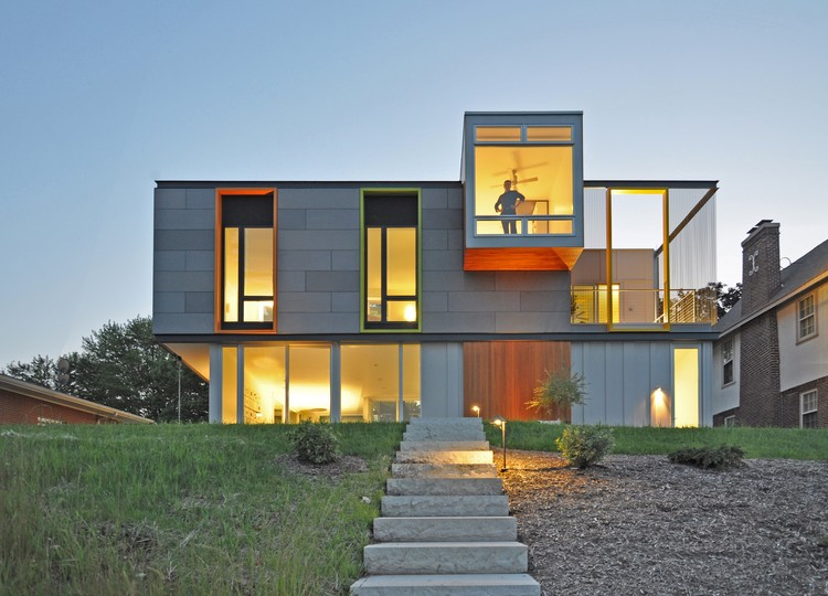 OS House; Racine, WI /Johnsen Schmaling Architects © John J. Macaulay