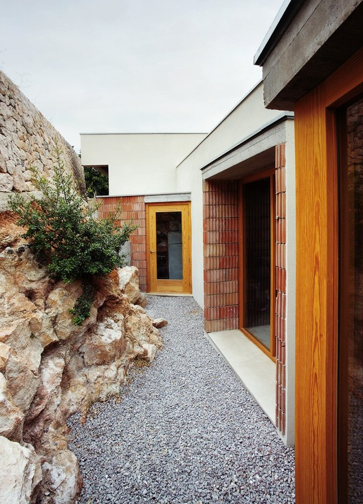 House in Bunyola / Francisco Cifuentes; © José Hevia