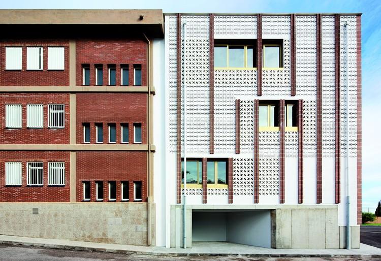 Expansion of IES Josef Sureda / SMS arquitectos; © José Hevia
