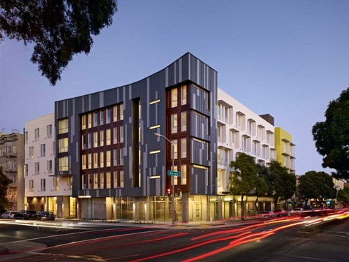 Drs. Julian and Raye Richardson Apartments / David Baker + Partners Architects - Courtesy of the AIA © Bruce Damonte Photography, Inc.