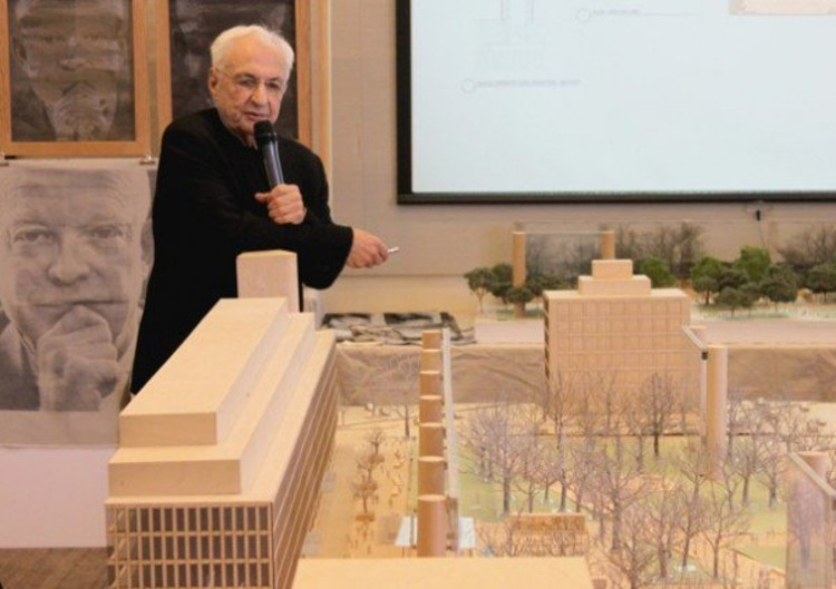 Gehry presenting original vision / via Architizer