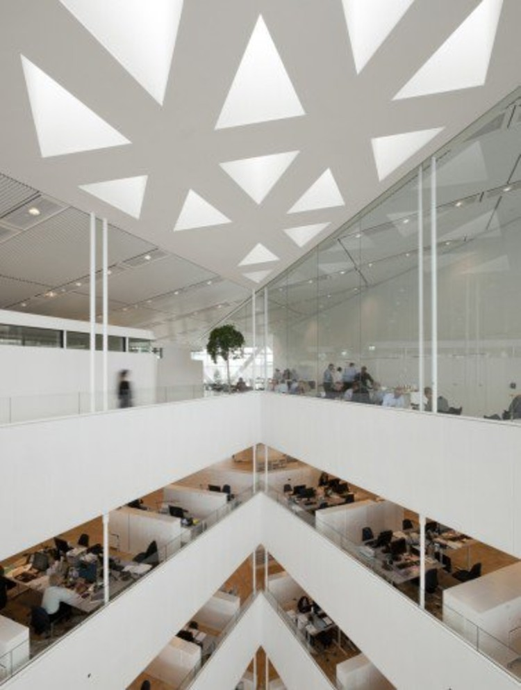 The Crystal by Schmidt Hammer Lassen Architects is a typically extroverted office environment.