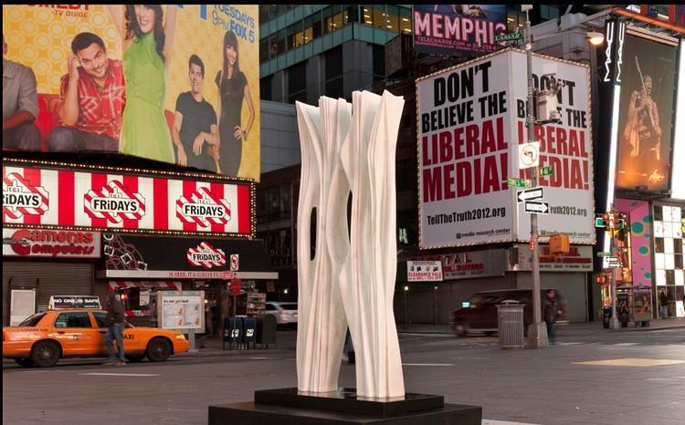 Soñando New York (Dreaming New York) - Photo Credit: Josh Nefsky