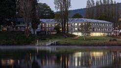 Facultad de Ciencias Económicas y Administrativas Universidad Austral de Chile / Felipe Assadi + Francisca Pulido