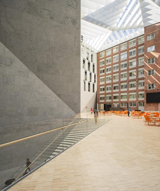 OP HEADQUARTERS / JKMM Architects. Image © Mika Huisman