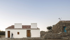 Casas Caiadas / Pereira Miguel Arquitectos