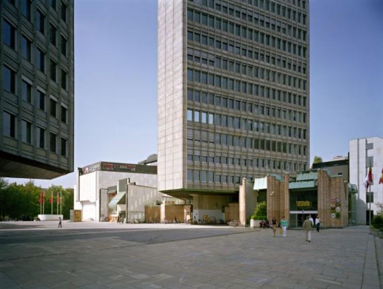 The Revolution Square by architects: Edvard Ravnikar et alt. (photo by Wolfgang Thaler)