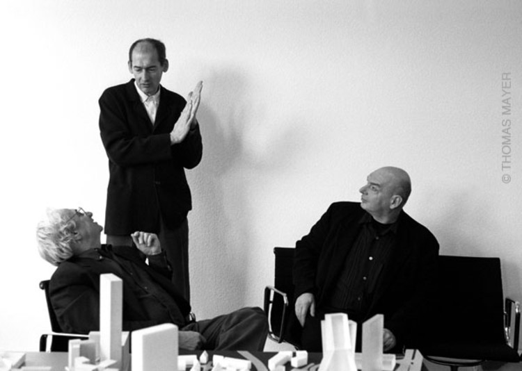 workshop with Frank Gehry, Rem Koolhaas, Jean Nouvel, Dusseldorf 1997 © Thomas Mayer