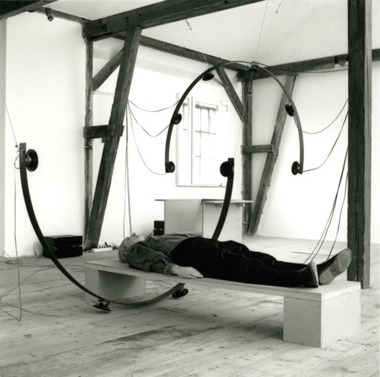 © Atelier Leitner - Pendulum Platform 2 1995